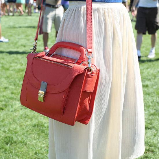 ... а самое главное  носить сумку через плечо сейчас модно. Сумок  бесчисленное количество в мире, и с этим не поспоришь. Вот некоторые из  самых летних  3c5d9f706c6