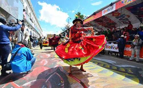 Gobernación pagará Bs. 200 mil a Btv por transmisión del Carnaval