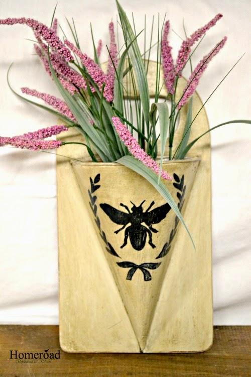 Rustic Cone Flower Vase www.homeroad.net
