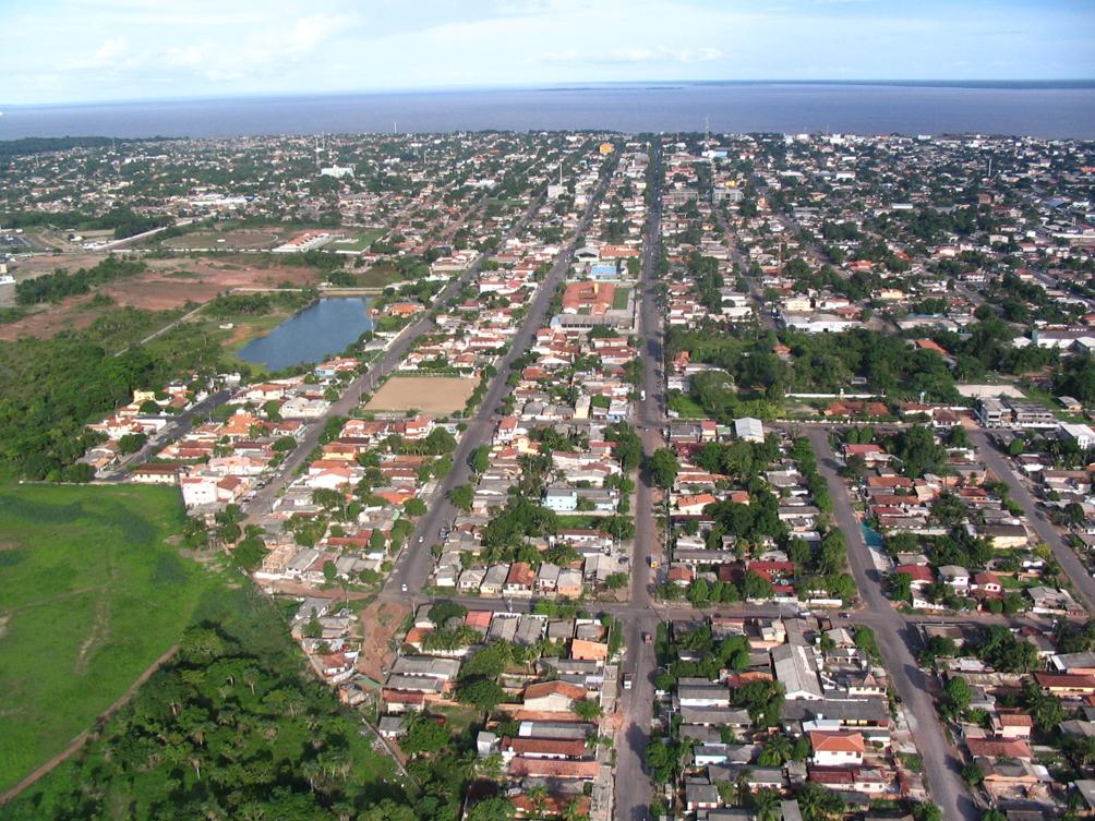 Macapá, a capital do Amapá tem cerca de 450 mil habitantes (2016)