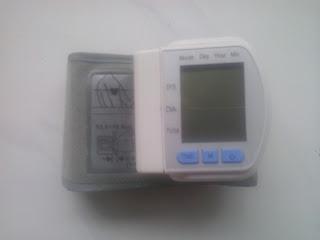 Tensimeter/Sfigmomanometer Digital