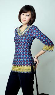 Blouse Batik Unik