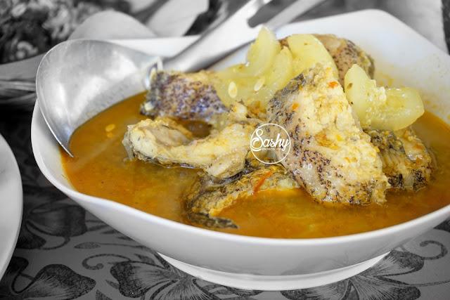 soup ikan di warung becol-serangan