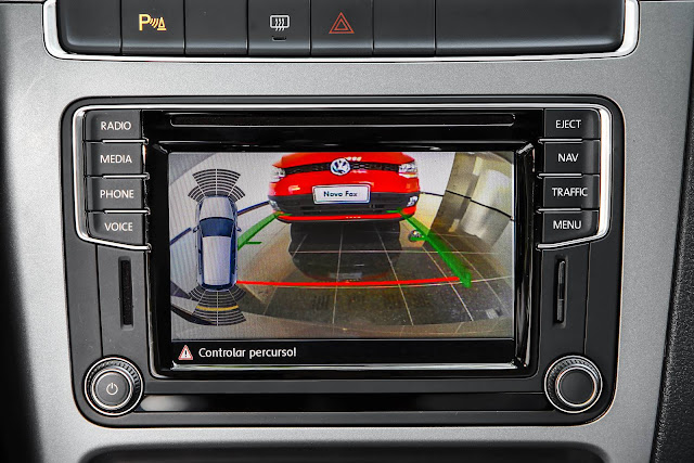 Volkswagen Fox 2017 - câmera de ré