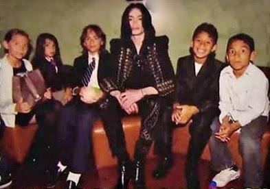 Cartas Para Michael O último Dia Da Família De Michael