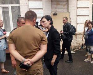 Скандальний ролик Порошенка: поліцейські затримали Приходько по дорозі на суд