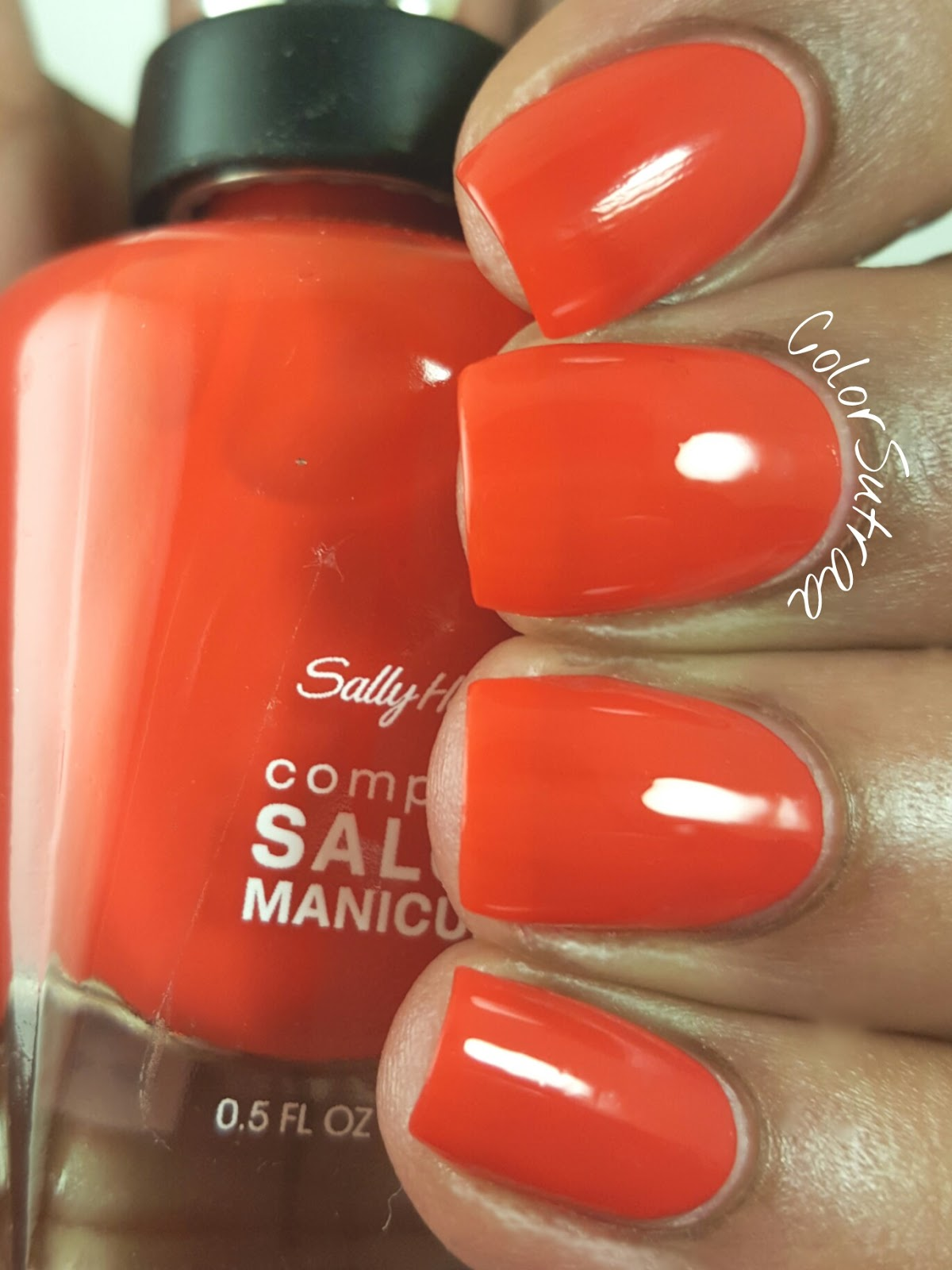 5 SALLY HANSEN Red Nail Polishes That Are Perfect For Valentine\'s ...