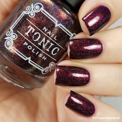 Tonic Polish Mulled Wine & Mistletoe For The Love Of Polish December 2017 Swatches and Review