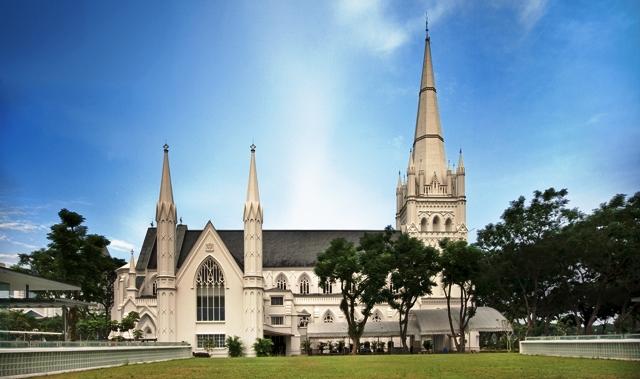 Tempat Wisata Terbaik di Singapura - Katedral St. Andrew
