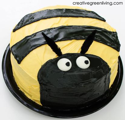 how to make a bee cake