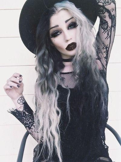 Topic, very dark gothic witch girls