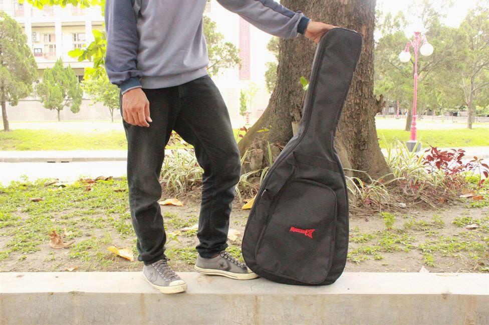 Semi Gigbag Gitar Akustik M A3 Black Musikazeshop