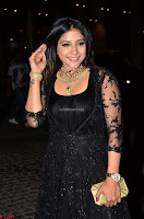 Sakshi Agarwal looks stunning in all black gown at 64th Jio Filmfare Awards South ~  Exclusive 014.JPG
