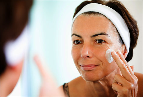 Beauty essentials Very Useful For Facial Therapy & Valuable Tips