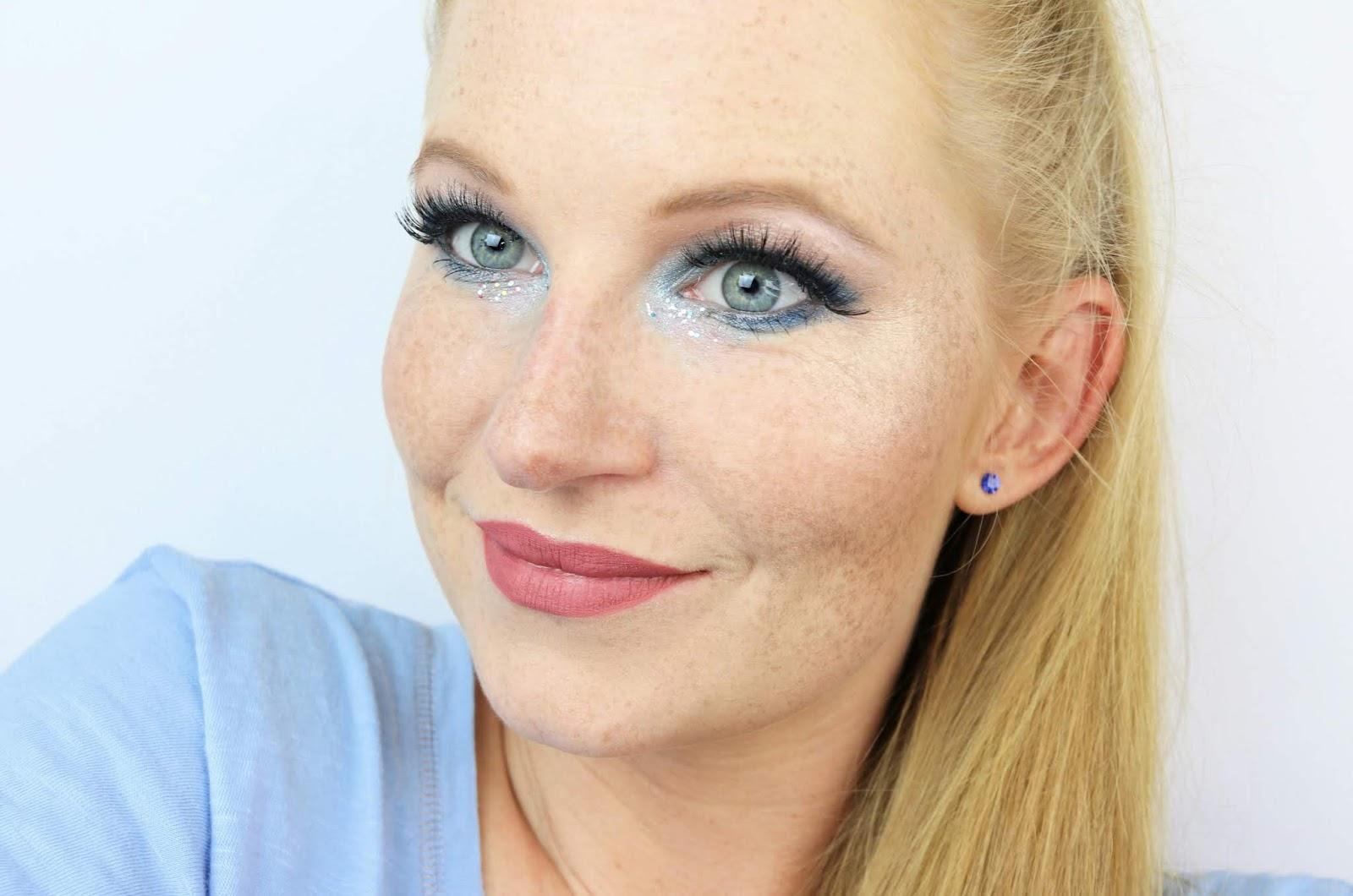 https://www.zaphiraw.de/2019/01/blue-silver-make-up-zum-lidschatten-11.html