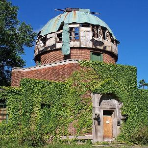 GamesBold - Abandoned Observatory Escape