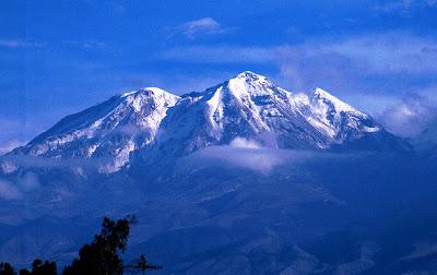 Foto al Valle de los volcanes - Arequipa