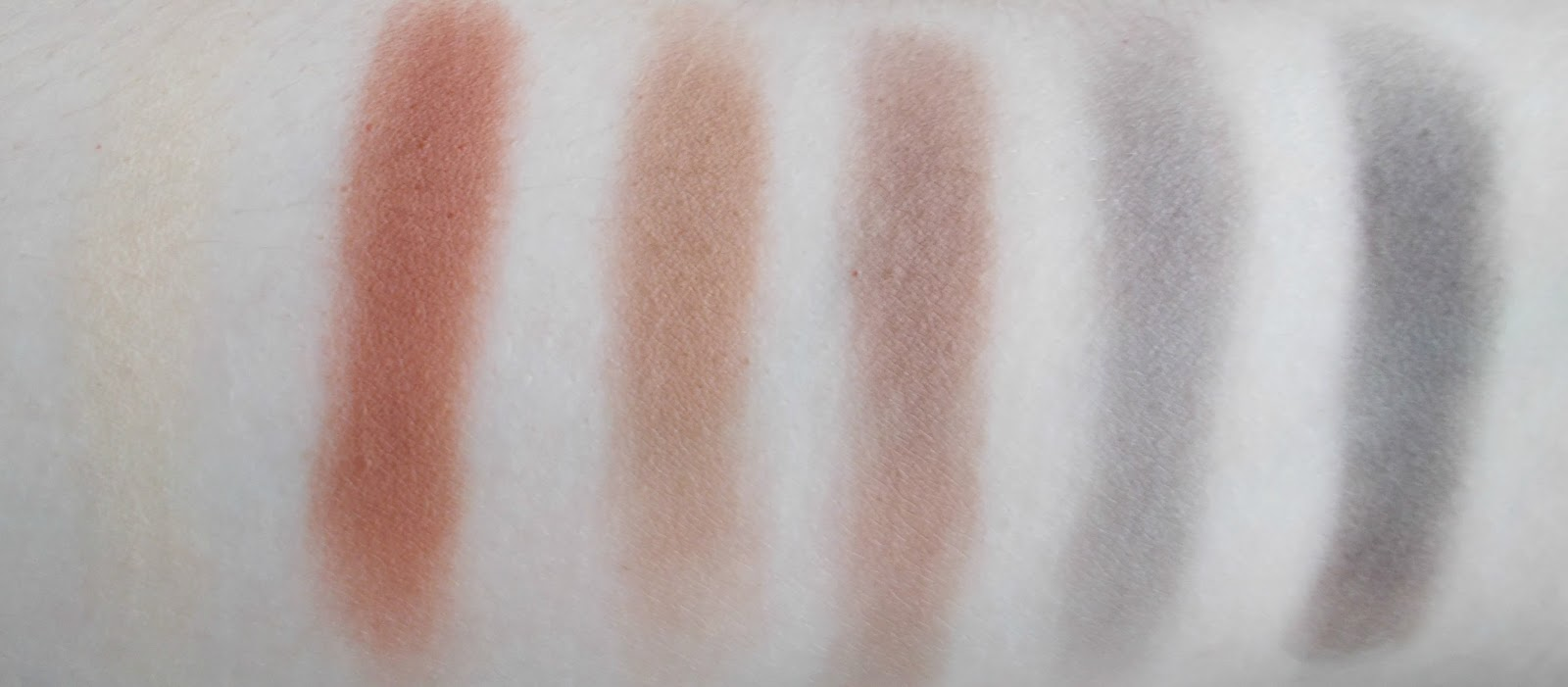 Urban Decay Naked Ultimate Basics swatches 2nd row