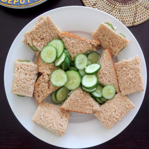 Cucumber Finger Sandwiches:  Simple and delicious finger sandwiches made with cucumbers sandwiched between creamy cheese and soft bread.  An easy afternoon snack or an elegant party food.