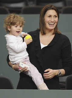 Stan Wawrinka Ex Wife IlhamVuilloud With Their Only Daughter