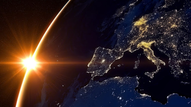 http://aliadosdelahumanidad.org/la-presencia-extraterrestre-en-el-mundo-hoy