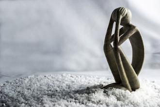 Qual a diferença entre tristeza comum e depressão?