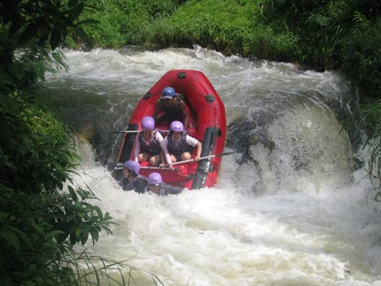Rafting Bandung Murah Bareng Gravity Adventure