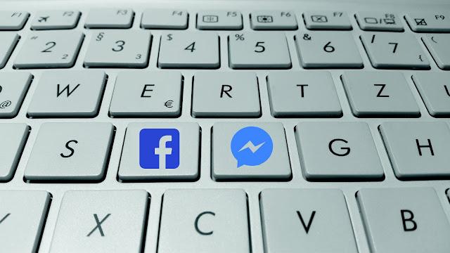Newstrack, Mobile phones, Facebook, Facebook Messenger, apps, Snapchat