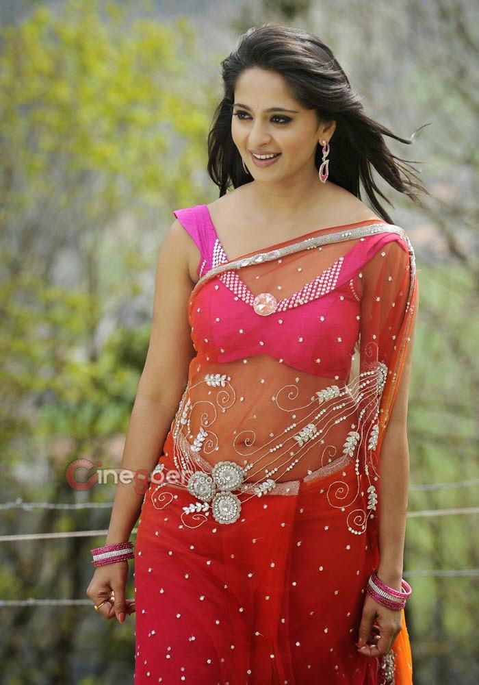 Tamil Actress Anshuka Shetty Hd Wallpapers Free Download