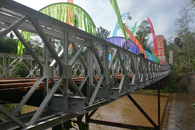 Jembatan Bailey Selamatkan Warga Dusun Pucung Gandusari dari Terisolir