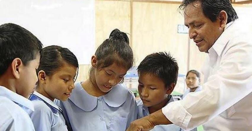 Gobierno aplicará estrategia para mejorar formación de docentes, informó el presidente del Consejo de Ministros, Salvador del Solar
