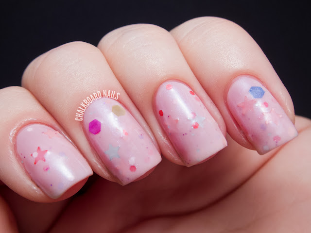 Chalkboard Nails: Pretty and Polished Candy Reign