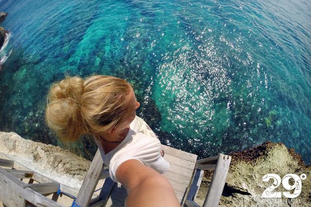 Mahana Warung (Ceningan Point surfbryt & Cliff Jump x2)