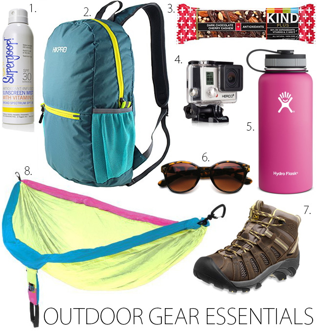 Have you ever wondered what to bring on a hiking trip? The Bella Insider has got you covered!