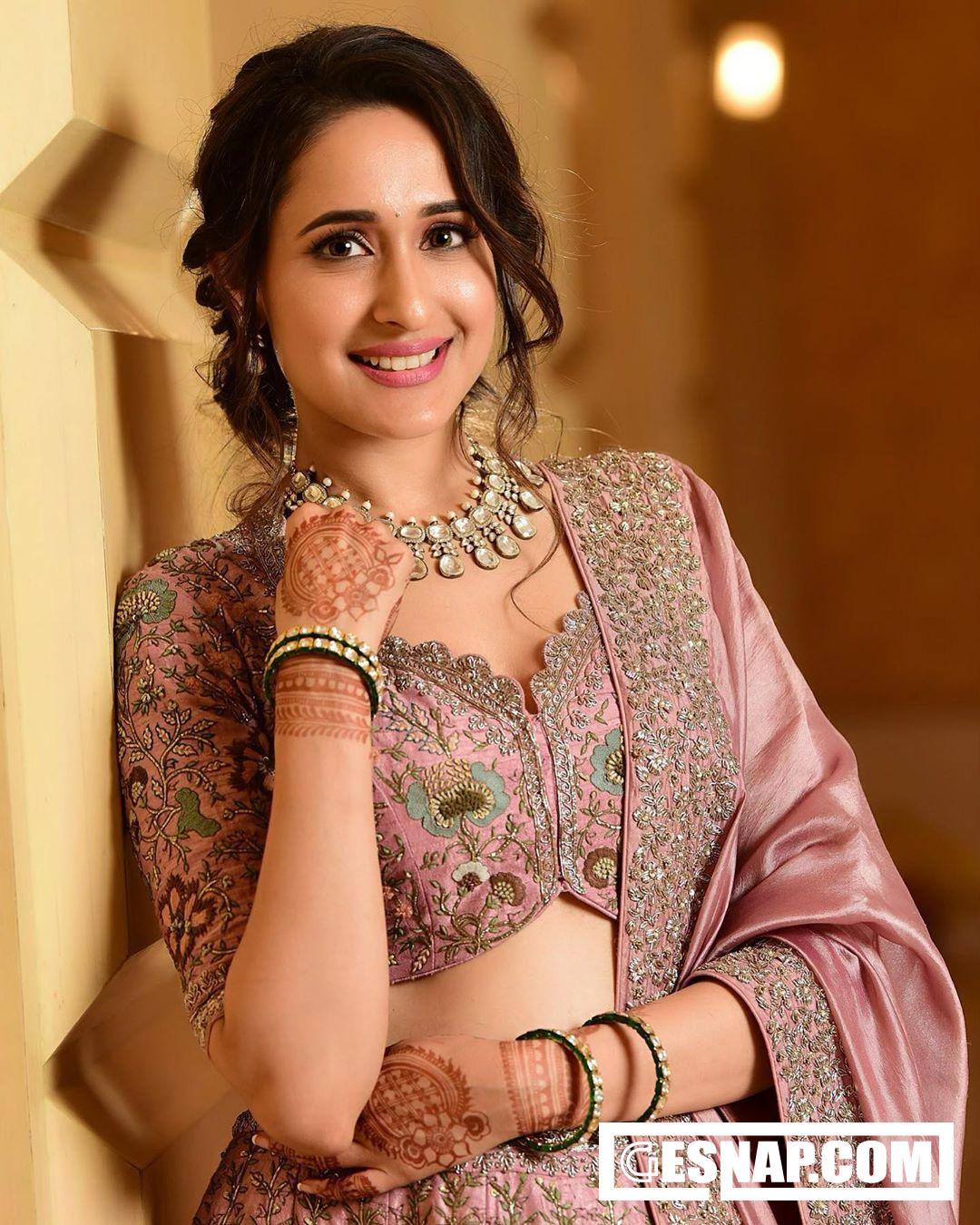 Pragya Jaiswal Photo | Gesnap.com