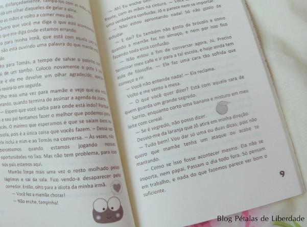 Resenha, livro, Adolescer, Eva-Zooks, capa, fotos, opiniao, critica, trechos, irmãos, infanto-juvenil, livros-para-adolescentes, diagramação, ler-editorial