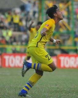 gambar Arsyad Yusgiantoro (gelandang sayap) Gresik United