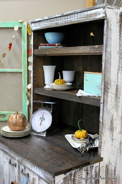 farmhouse, hutch, shelf, cabinet, barnwood, stain, http://goo.gl/EQu844