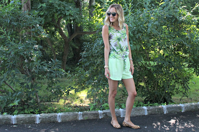 print mixing summer outfit