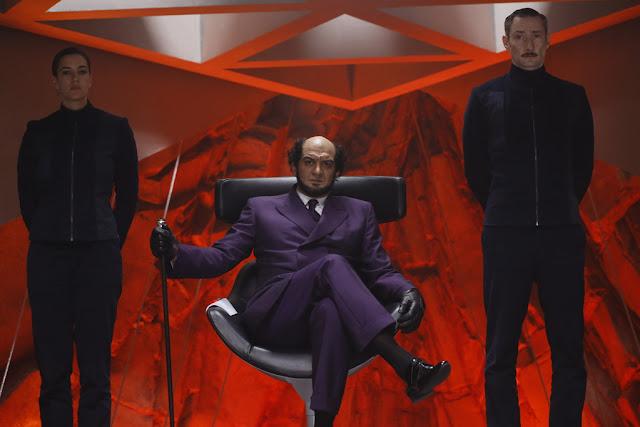 Charlotte Gabris (Marie), Ramzy Bédia (Zorglub), et Vincent Desagnat (Claude) dans Les Aventures de Spirou et Fantasio