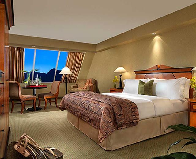 Luxor Hotel And Casino Las Vegas Travel Deals 2019
