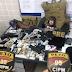 Foragido é preso com fuzil e pistolas falsos e duas armas de fogo em Pojuca