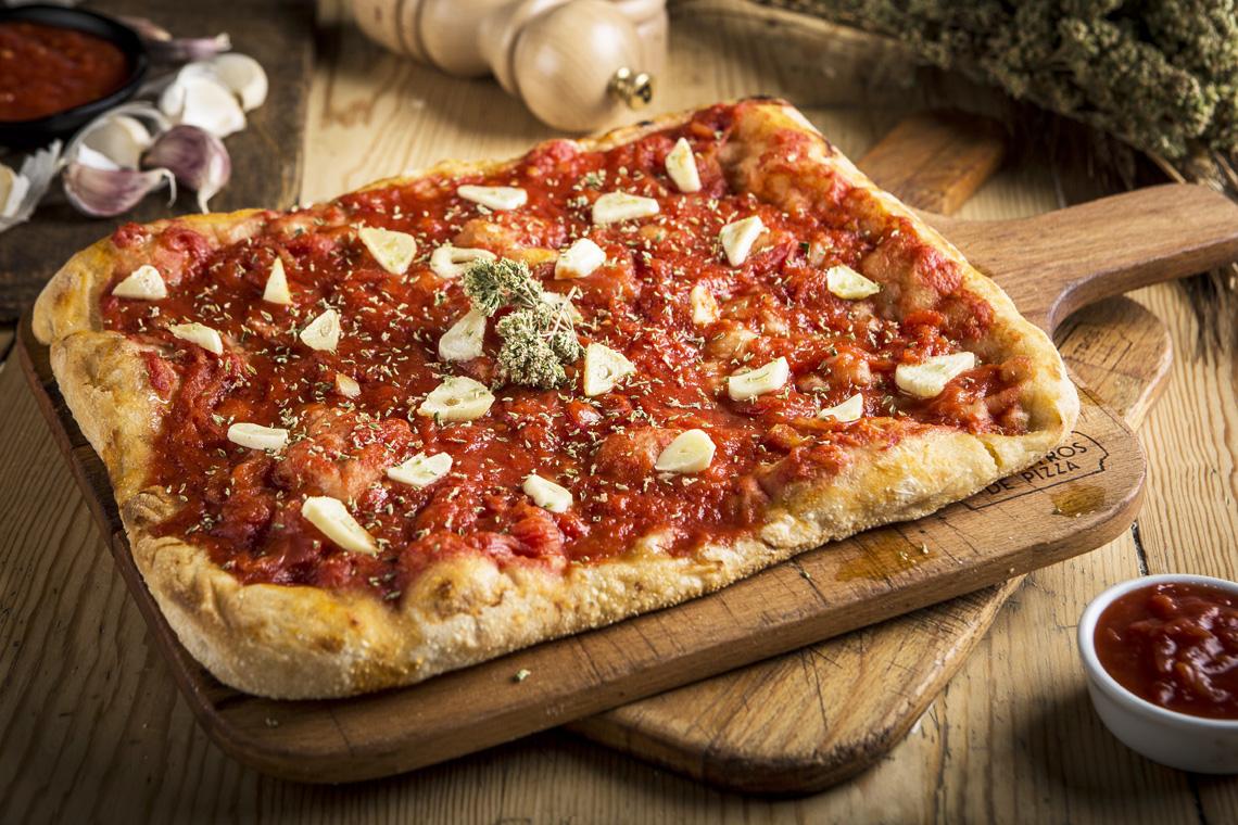 pizza Pomodoro del Vesubio