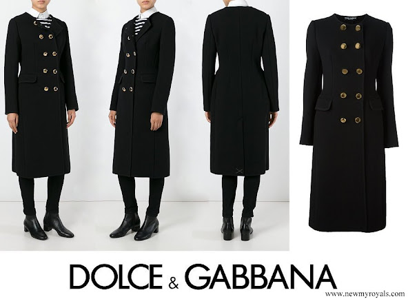 Kate Middleton wore DOLCE & GABBANA collarless long coat