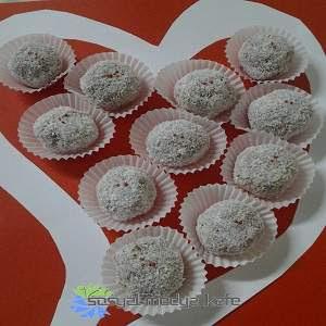 Bisküvili Top Pasta Tarifi