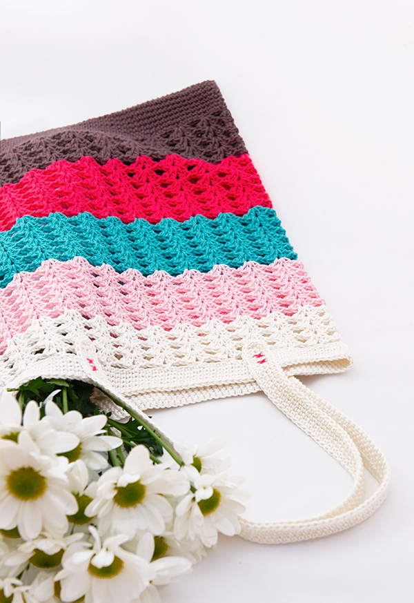 Spring Crochet Tote Bag, free pattern, Anabelia Craft Design