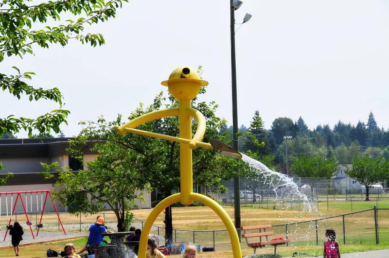 Nanaimo-Info-blog: Playground At Harewood Centennial Park Opens