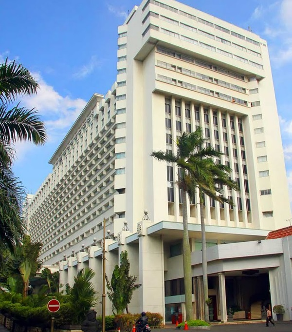 Hotel Borobudur Jakarta Harian Semarang