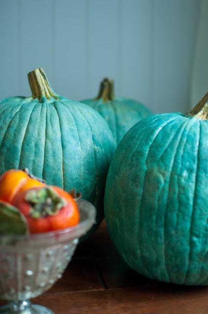 Blue pumpkins - Gwen Moss #fallinspiration #cinderellapumpkins