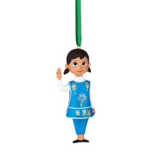This Daisy Girl Scout Christmas Ornament makes a wonderful memory for your tree.